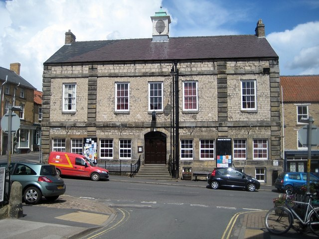 Memorial Hall, Market Place