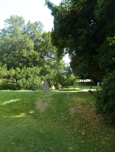 Saint Andrew, Hurstbourne Priors: churchyard (e)