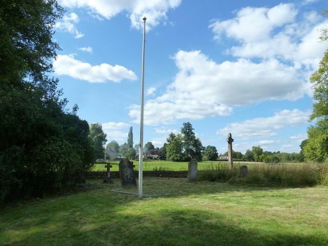 Saint Andrew, Hurstbourne Priors: churchyard (h)