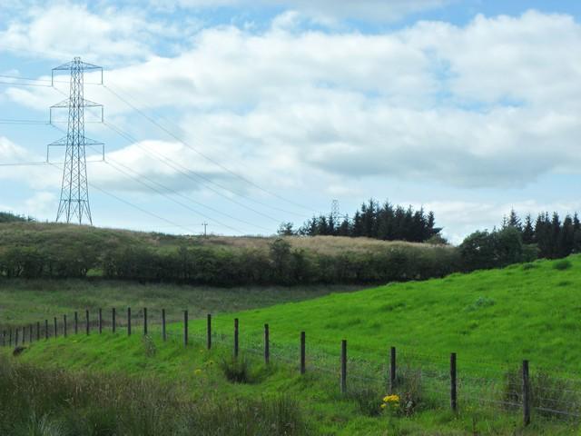 Pylons near Hazeldenhill