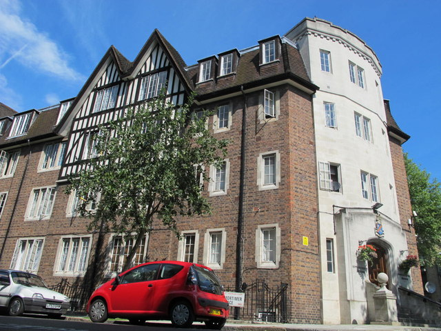 Hillsborough Court, Mortimer Crescent / Mortimer Place, NW6 (2)