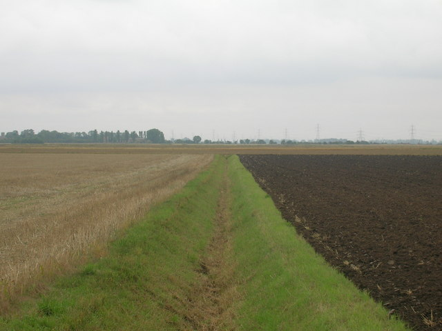 Drainage ditch running south, to the east of Ousefleet