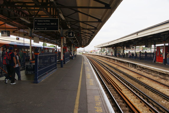 Platform 4 at Clapham Junction