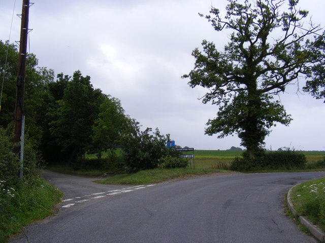 Sandy Lane & Entrance to Seven Stars Farm
