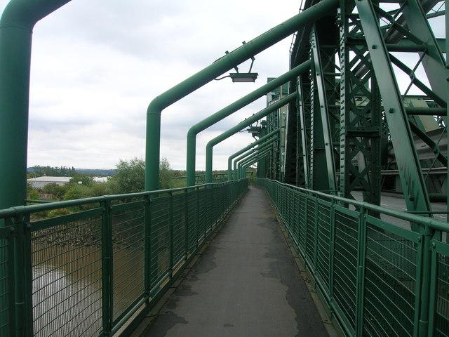 King George V Bridge over the River Trent