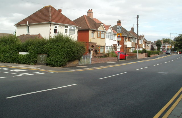 Houses at the eastern end of Somerton Road, Newport