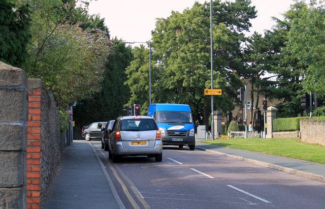 2011 : A4175 Teewell Hill, Staple Hill, Bristol