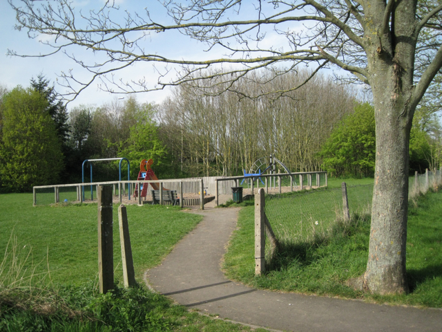 Play area near Antelope Gardens
