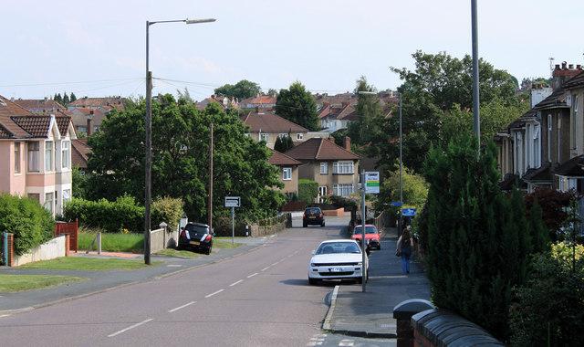 2011 : A4175 down Teewell Hill, Staple Hill