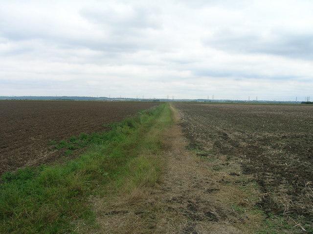 Farm track towards Poplar Farm