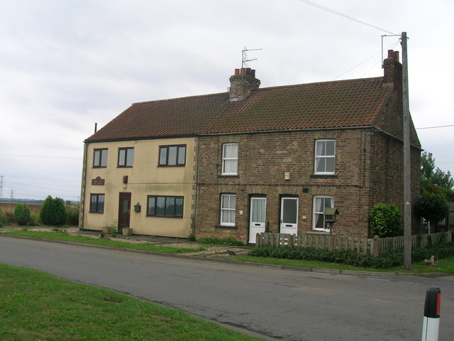 Mere Dyke Cottages