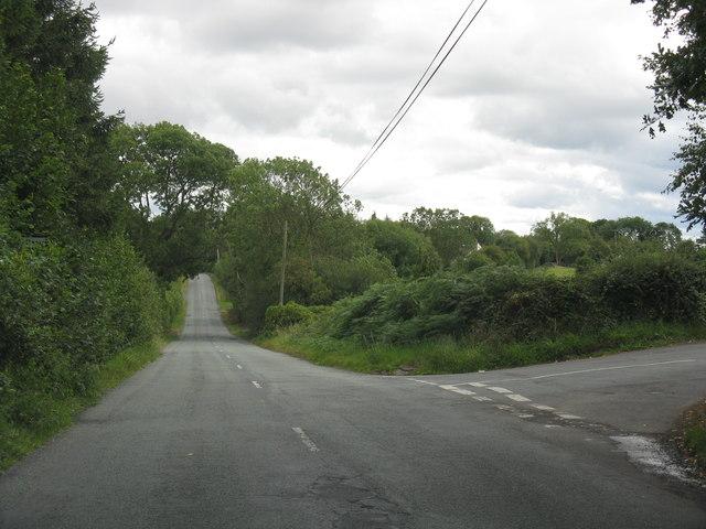 Lane junction at Cross Bank