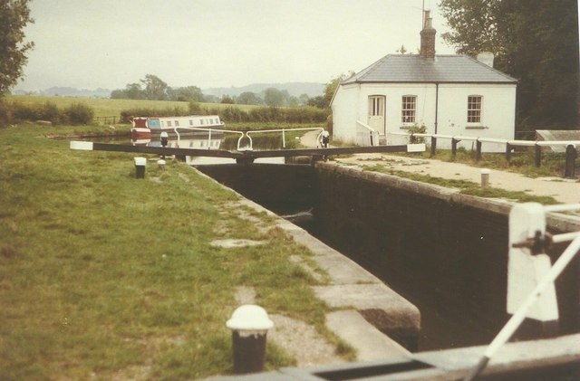 Lock No 39 on the Grand Union Canal in 1984