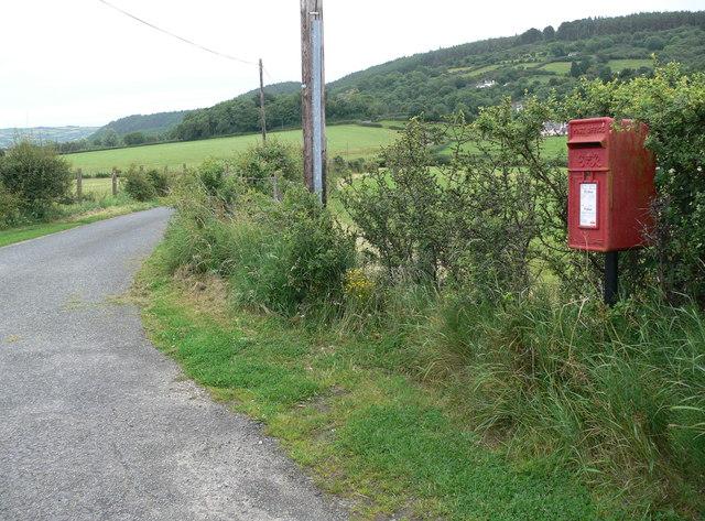 Post box near Bryn Hyrddin