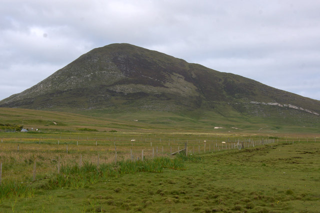 View to Ceapabhal from Taobh Tuath