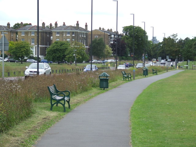 A2 road and footpath, Blackheath