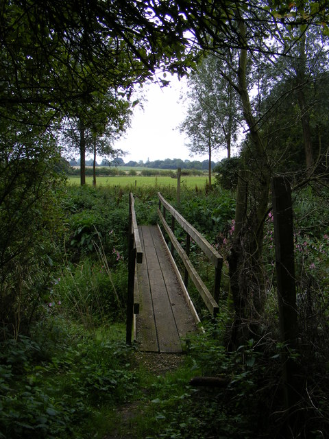 Footbridge over the River Deben of the footpath to Framsden Road
