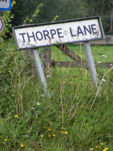 Thorpe Lane sign