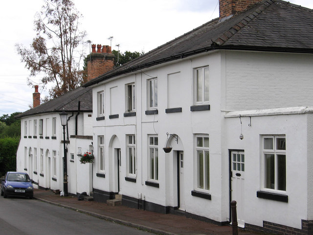 Darley Abbey - white houses on New Road