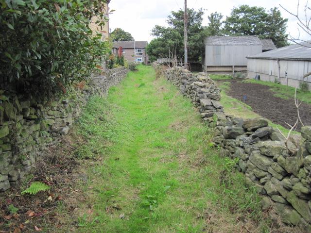 Footpath towards Field End Lane
