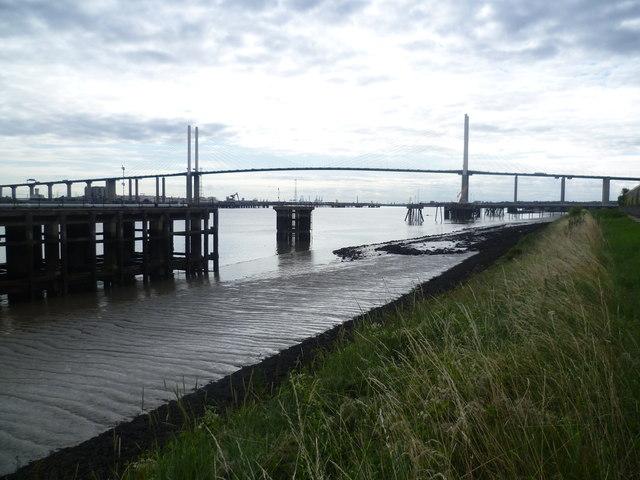 Queen Elizabeth II Bridge from the riverbank by Littlebrook Power Station