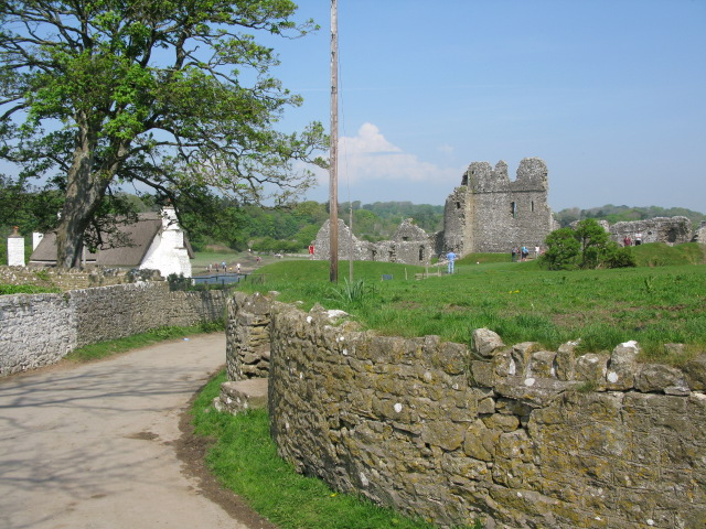 A view of Ogmore Castle