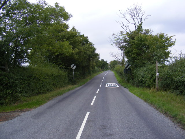 B1079 and footpaths to Gipsy and Hall Lanes
