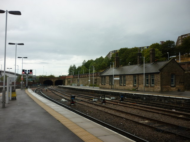 Sheffield Station, looking north