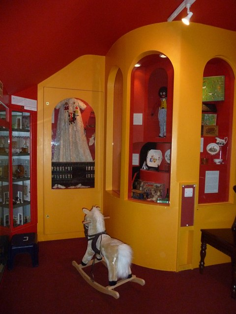 A trip to Horsham Museum (19)