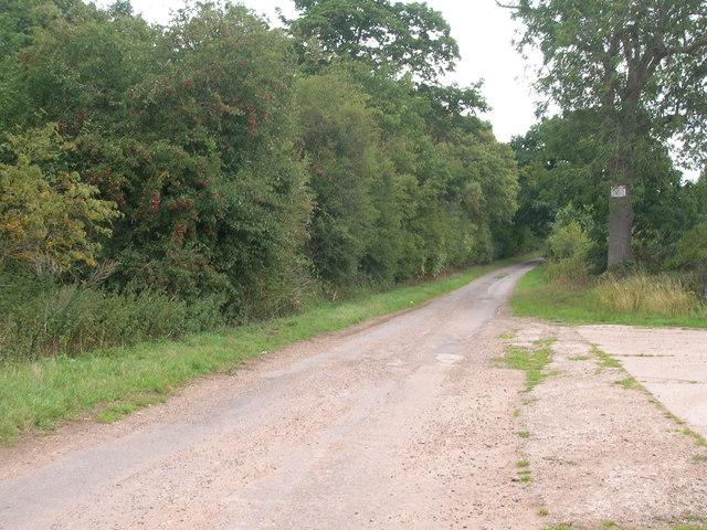 Minor road towards the A634