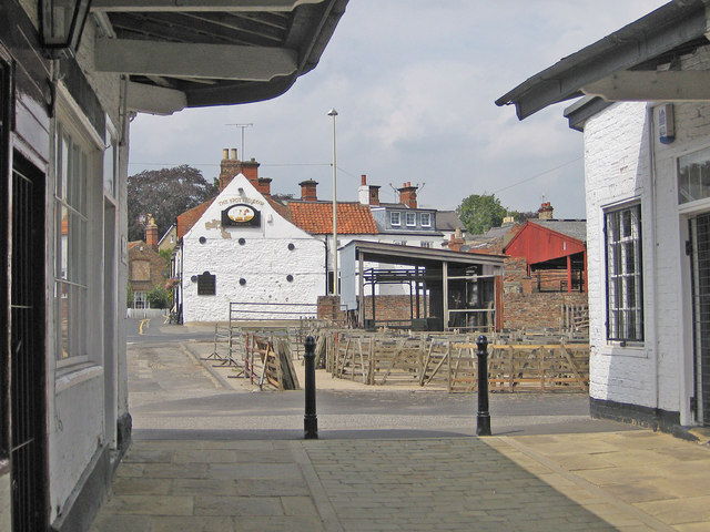 The Spotted Cow pub, viewed from The Shambles