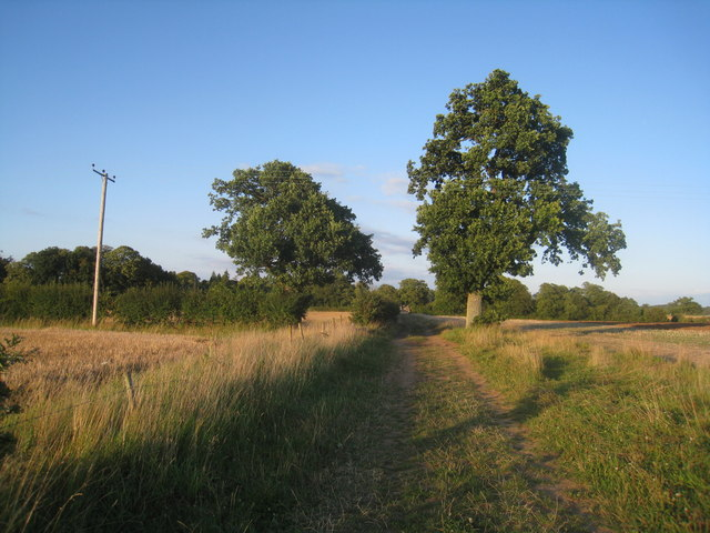 Footpath to Oakley Park