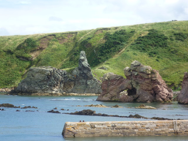 Rock formations at Cove
