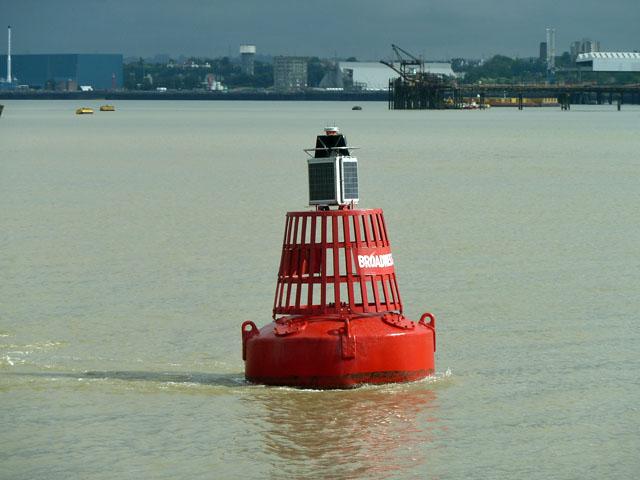 Broadness buoy