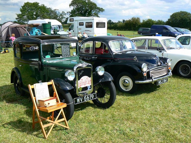 Vintage and classic cars, Swindon and Cricklade Railway, Blunsdon