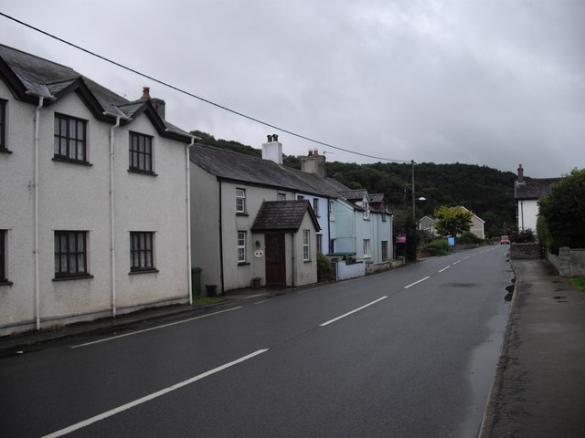 Houses on the A485, Pentre-llyn, Llanilar