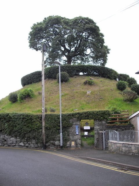 The Castle Mound, Bala