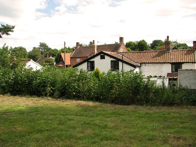 Cottages beside St Peter's churchyard, Westleton