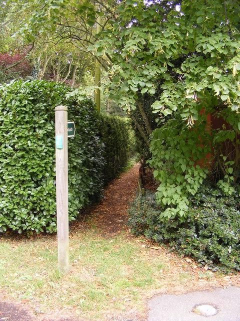 Footpath to Chapel Road, Otley