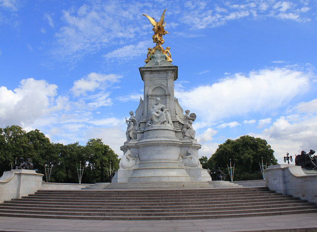 Queen Victoria Memorial 169 David P Howard Geograph