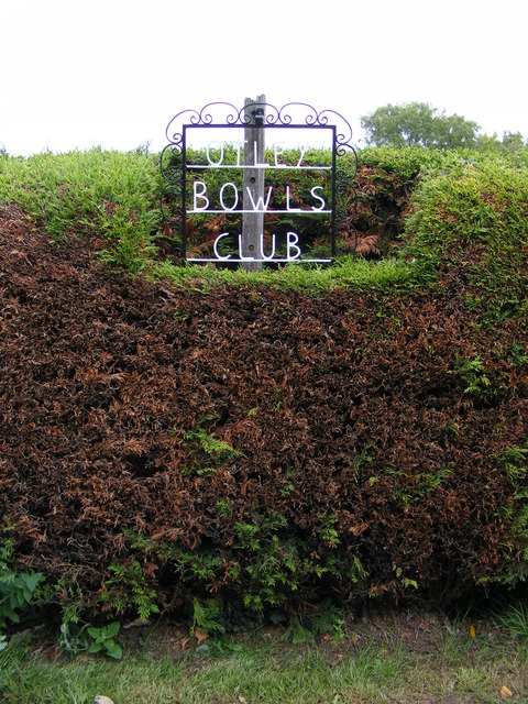 Otley Bowls Club sign