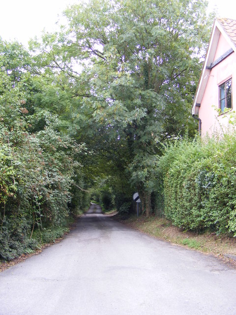 Road to Clopton Green