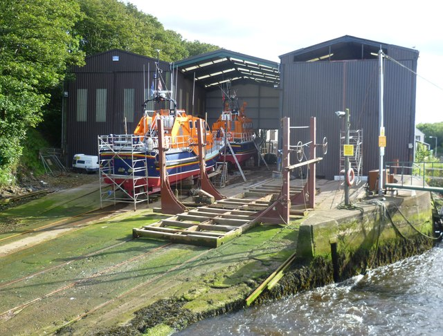 Lifeboat maintenance, Eyemouth Harbour