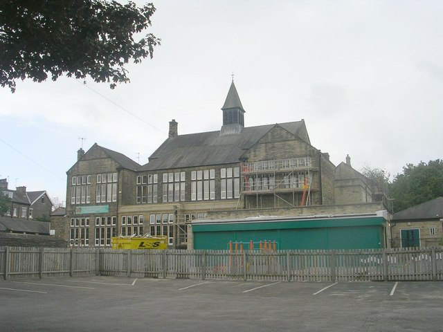 Frizinghall Primary School - viewed from Midland Road