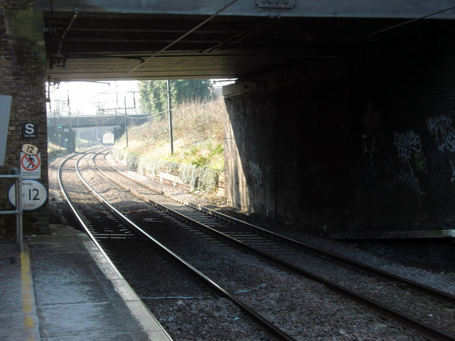 Winchmore Hill Station, London N21