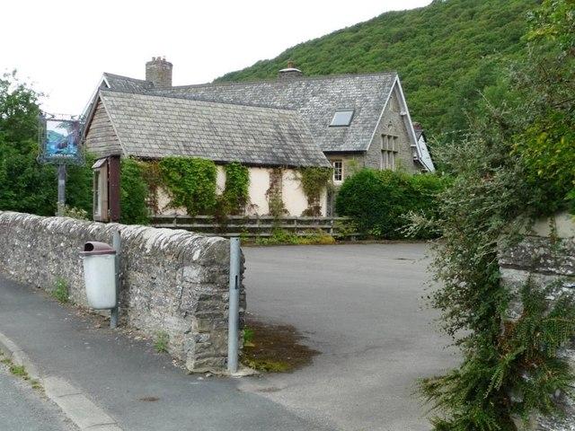 The former village school, Chapel Lawn
