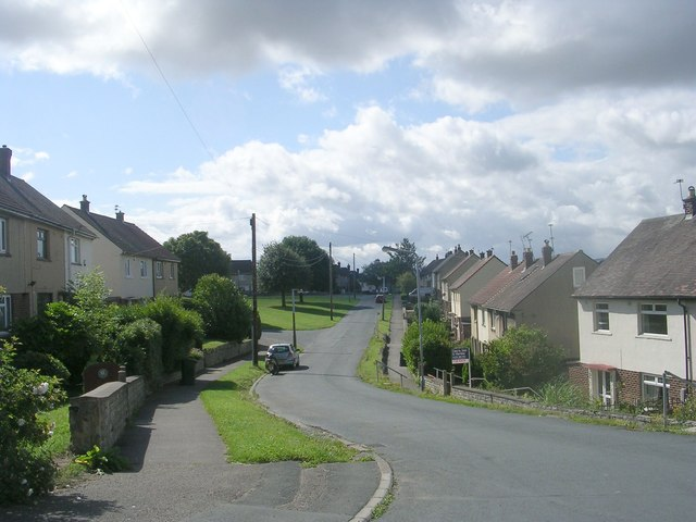 Hawthorn Avenue - Lilac Grove