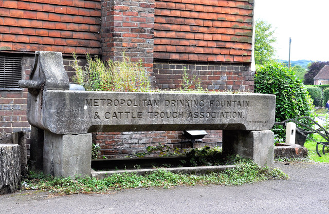 Cattle trough at the side of the 'Queen's Head' Sedlescombe