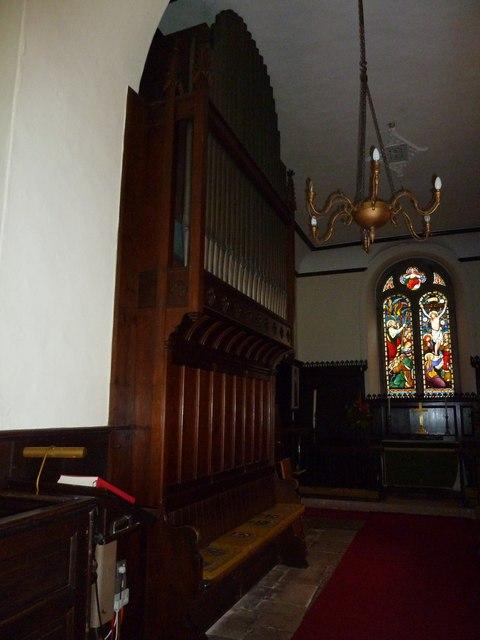 Abbotts Ann - St Mary: chandelier