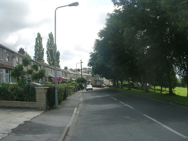 Poplar Crescent - Poplar Road